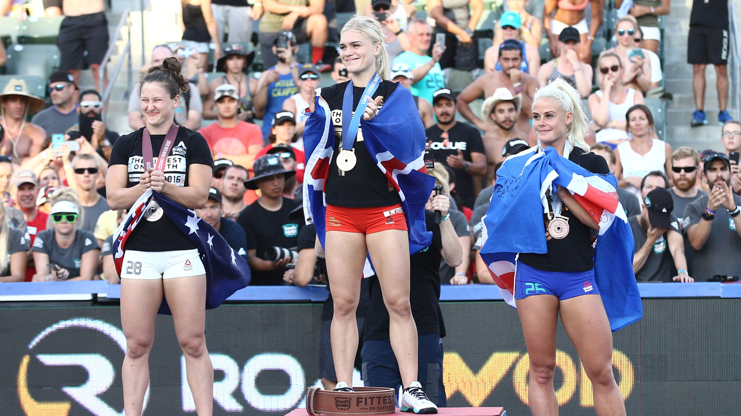 f2516d77e8 Katrin Davidsdottir wins for the second year in a row. Tia-Clair Toomey and  Sara Sigmundsdottir finish in second and third, respectively.