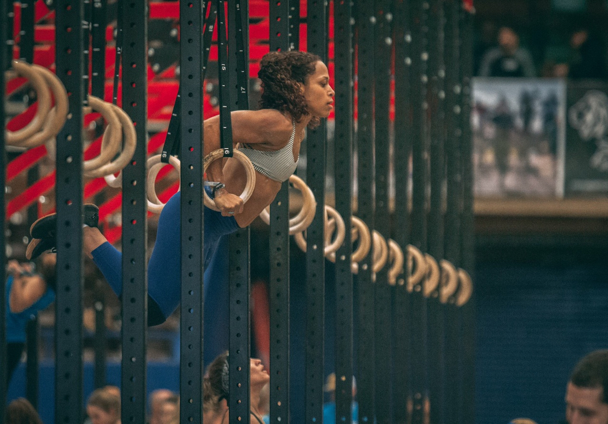 Christina Spencer doing a muscle-up