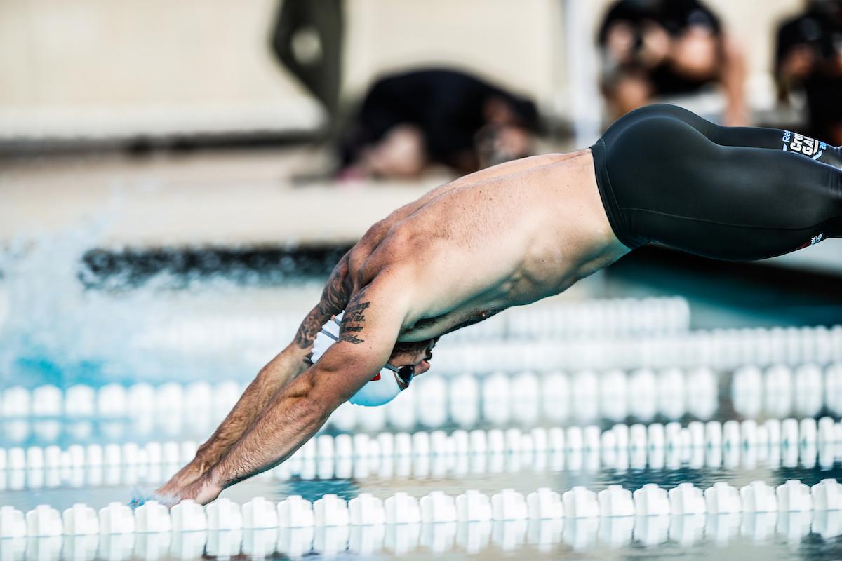 Fraser dives into pool