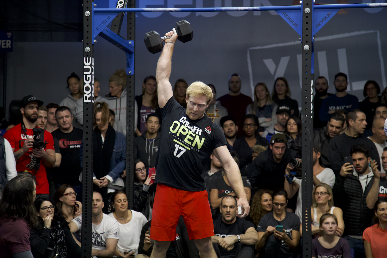 Patrick Vellner completing an Open workout