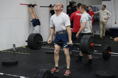 Deadlifts during Open Workout 18.4.
