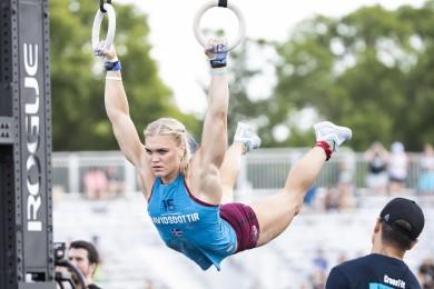Katrin Davidsdottir during 30 Muscle-ups