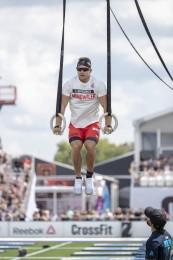 Adrian Mundwiler during 30 Muscle-ups