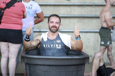 Giulio Silvino recovers in an ice bath