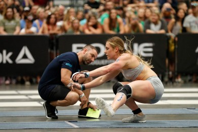 Brooke Wells edges out Kristi Eramo for the lead at the end of Day 2.