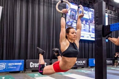 Camille Leblanc-Bazinet cruises above the cutline on Day 2.