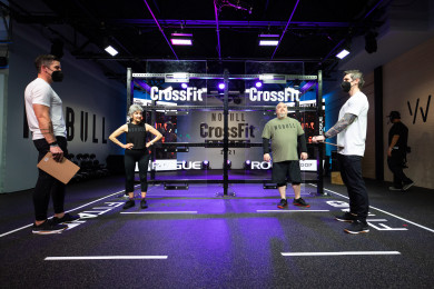 Athletes and judges during Open Workout 21.1